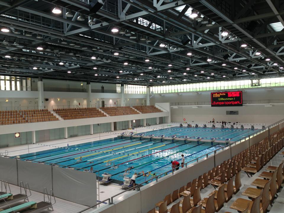 Archidiap velodromo e piscina olimpica for Piscina olimpica madrid